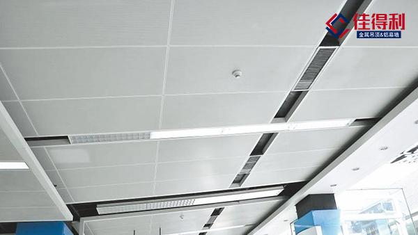 关于单双曲面铝单板幕墙曲面度质量现场控制措施