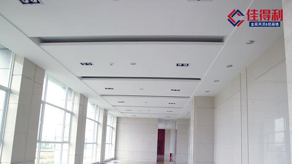 铝单板幕墙厂家安装铝单板需要注意哪些问题